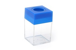 כוס פלסטיק מגנטית למהדקים